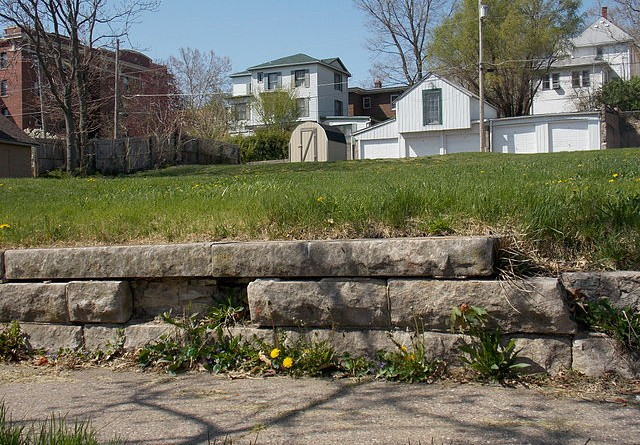 how-much-does-a-retaining-wall-cost