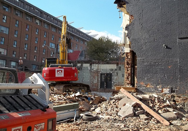 how-much-does-it-cost-to-demolish-a-house