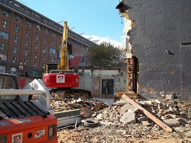 How Much Does It Cost To Demolish A House Cost Evaluation